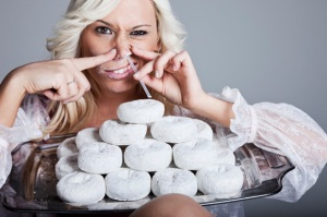 woman-snorting-doughnuts-large