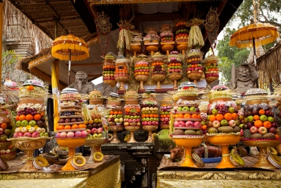 Balinese-Offering